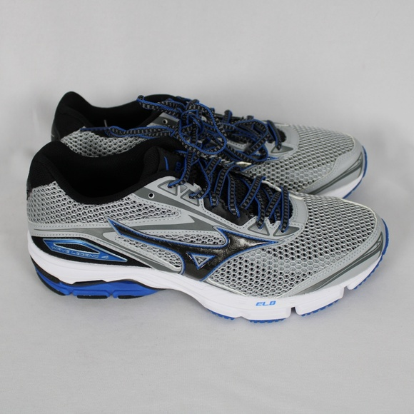 Mizuno Other - Mizuno Mens WAVE LEGEND 4 Running Training Shoes